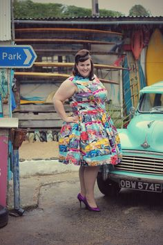 Hey, I found this really awesome Etsy listing at https://www.etsy.com/listing/182991736/plus-size-1950s-style-diner-dress-uk-18