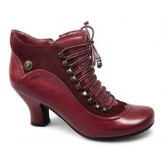 The 'Vivianna' ladies ankle boots are a firm favourite with their unique neo Victorian and steampunk style aesthetic. With bungee elastic style laces that stretch enough for you to slip on these booties, you don't always have to fasten the nine eyelet lace up. | eBay!