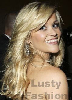 Her hair is perfect. (Reese Witherspoon)