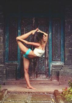 #Lufelive #thepursuitofprogression #Yoga #Yogie #Fitness
