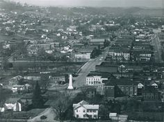 Early view of Elizabethton , Tennessee . Note the monument .   Pinned from PinTo for iPad 