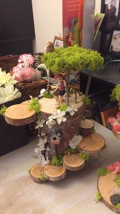 Best Picture For diy fairy garden ideas homemade For Your Taste You are looking for something, and i Fairy Garden Ornaments, Mini Fairy Garden, Fairy Crafts, Fairy Garden Houses, Garden Crafts, Garden Projects, Garden Art, Fairy Gardening, Garden Ideas Homemade