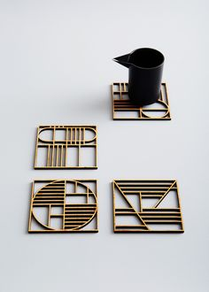 A set of four Art Deco-inspired trivets, precision cut from natural, light-weight and durable bamboo. Conditioned with raw linseed oil. CAREWipe down with a damp cloth. Condition with oil for extra care. Sous Bock, Wooden Coasters, Table Coasters, 3d Prints, Home And Deco, Chinese Style, Interior Design Living Room, Decoration, Home Accessories