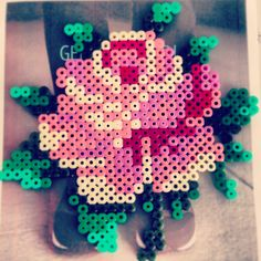 Flower Hama beads made from stitch pattern by Icara Kraidy