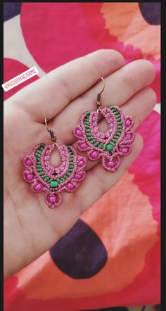 Micromacrame earrings pink and green