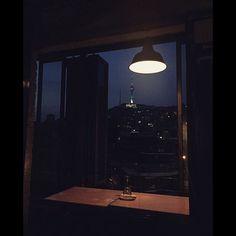 서울의 밤🌙 . . . . . #seoul#korea#itaewon#kyungridangil#mowmow #namsantower#nightview  #서울#한국#이태원#경리단길#모우모우#남산타워#야경
