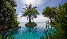 If you are a foodie at heart we know where you should honeymoon! #asia #honeymoon