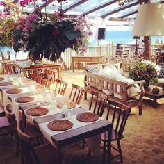Já estamos em montagem para o evento de hoje no Barracuda Beach Bar #wedding Pri e Rafa  ta incrível ! #casarnapraia #casamento #noivos #bride #casamentodedia