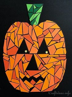 Jack o& Wall Art. Print out the pumpkin pattern and let kids create a paper mosaic Jack o'Lantern to decorate the wall or door at Halloween. Halloween Art Projects, Halloween Arts And Crafts, Fall Art Projects, Easy Halloween, Art Plastique Halloween, Fall Paper Crafts, Art Crafts, Diy Paper, Jack O'lantern