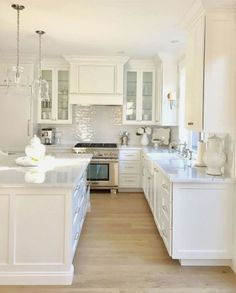 Wood Cabinet Kitchen - CHECK THE PIC for Many Kitchen Cabinet Ideas. 29929976 #kitchencabinets #kitchens