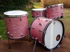 """For a while, Slingerland owned the Leedy name. You'll find drums that are pretty much Slingerlands, but with Leedy lugs and badges. This is a """"SlingerLeedy"""" (as they are frequently called) in Red Ripple Pearl."""