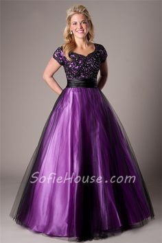 ed735090c6f85 106 Best Purple Prom Dresses images in 2019 | Formal dresses, Beaded ...