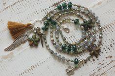 Bettelkette in GRAU-OLIV mit Jaspis Sternen von Juwelenkind® Schmuck auf DaWanda.com