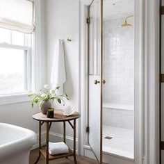modern white bathroom ideas & designs for your home 66 > Fieltro. Bad Inspiration, Bathroom Inspiration, Home Decor Inspiration, White Bathroom, Small Bathroom, Master Bathroom, Bathroom Ideas, Zebra Bathroom, Lowes Bathroom