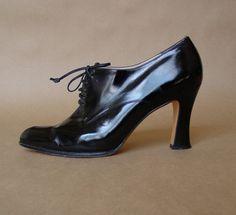 vintage Ferragamo lace up heels / 80s black by AlessandraErmelinda, $72.00
