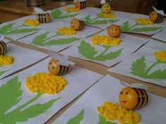 Kinder Surprise Egg Bees crafts for kids Spring Crafts For Kids, Crafts For Kids To Make, Summer Crafts, Diy And Crafts, Kids Crafts, Valentine Day Crafts, Easter Crafts, Spring Activities, Preschool Crafts