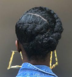 Hair Why can't I flat twist this neatly?Why can't I flat twist this neatly? Protective Hairstyles For Natural Hair, Natural Hair Braids, Natural Hair Tips, Medium Length Natural Hairstyles, Natural Protective Styles, Natural Life, Natural Beauty, Cabello Afro Natural, Pelo Natural