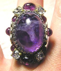 Antique Style Renaissance Deep Lilac Amethyst Glass Silvertone Ring