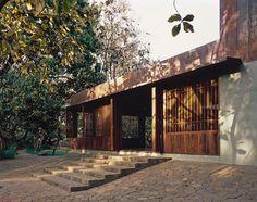 Monsoon House | Architects Studio Mumbai, India  ♥