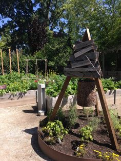 Check out TBG's Kitchen Garden 2014! Inspired by Niki Jabbour's new book 'Groundbreaking Food Gardens'