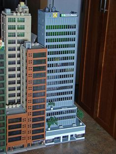 N Scale city models and skyscrapers (future train layout) - SkyscraperPage Forum Minecraft City Buildings, Minecraft Architecture, N Scale Buildings, N Scale Model Trains, Architecture Model Making, City Layout, Minecraft Plans, City Model, Futuristic City