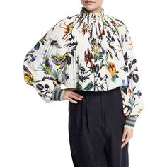 Tibi Gothic Floral Pleated Silk Crop Top (€465) ❤ liked on Polyvore featuring tops, white pattern, white crop top, white silk top, metallic top, white floral top and long-sleeve crop tops