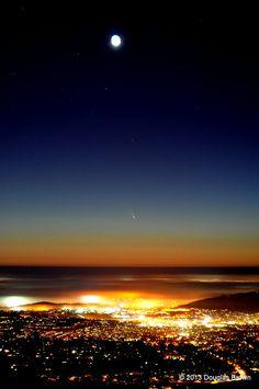 Comet Pan-STARRS Over San Diego