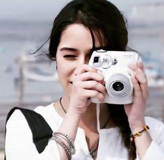 Girl Photo Poses, Girl Photos, Beautiful Indian Actress, Beautiful Actresses, Alia Bhatt Saree, Ek Villain, Shraddha Kapoor Cute, Girls Dpz, Girl Face