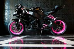 My future black & pink crotch rocket;)