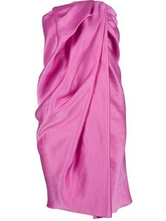 Pink silk vintage dress from Lanvin Vintage featuring a strapless design with soft draping down the front with diagonal pleats and a concealed zip centre back fastening.Please note that vintage items are not new and therefore might have minor imperfections.
