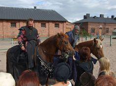 Hämeen keskiaikamarkkinat - Häme Medieval Faire 2007, Hevosmiehet - Horsemen, © Timo Martola