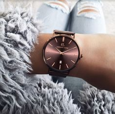 Mocha / Watch / Gifting / Exclusive / Trend / Fashion / Style / Inspo / Goals / Blogger / Rose Gold