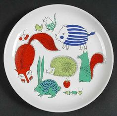 My brother had this plate when he was a child. Vintage Arabia Finland Children's Plate Animals: Beautiful illustrations in greens, red, purple and black showing a bunny, fox, hedgehog and more. Art Scandinave, Vintage Designs, Retro Vintage, Vintage Cat, Animal Plates, Woodland Creatures, Woodland Animals, Marimekko, Scandinavian Design