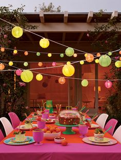 Fun Ideas for Your Next Party Diese lampions in türkis und gelb…. Colored lanterns for alfresco summer parties. Festa Party, Luau Party, Garden Parties, Summer Parties, Summer Bash, Summer Picnic, Party Box, Party Time, Deco Fruit