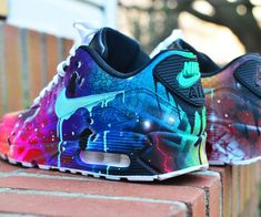 Adidas Women Shoes - Nike Air Max 90 GalactiMAX NRG goutte à goutte Gawds par DripGawds - We reveal the news in sneakers for spring summer 2017 Cute Shoes, Me Too Shoes, Women's Shoes, Shoe Boots, Shoes 2016, Gold Shoes, Awesome Shoes, Nike Air Max, Air Max 90