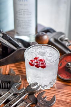 Build all ingredients in a mule cup or rocks glass with crushed ice and top with premium ginger beer. Brew Your Own Beer, Gin Recipes, Wine Guide, Cranberry Glass, Beer Brands, Ginger Beer, Cranberries, Lime Juice