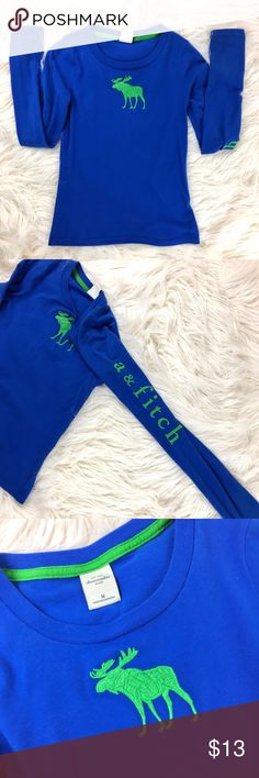 Kids Abercrombie and Fitch Long Sleeved Shirt Great condition and super soft material  This shirt  has the logo in writing down the left sleeve and the moose logo on the front chest  Girls size : M abercrombie kids Shirts & Tops Tees - Long Sleeve