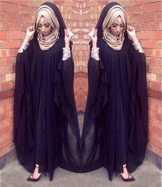 Hijab Fashion 2016/2017: mA love the hijab style  Hijab Fashion 2016/2017: Sélection de looks tendances spécial voilées Look Descreption mA love the hijab style