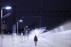 "look girl ""beginning"" (photography by Yukihiro Yoshida) http://digianalogue.com/photoblog/archives/2011/01/look_girl_beginning.php"