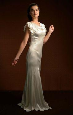 La Poesie - Bespoke Wedding Gowns