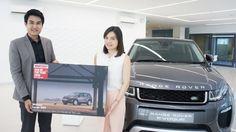 CAR OF THE YEAR 2016 WHATCAR? AWARDS Land Rover Discovery Sport 2.0 TD4180 Tech auto  ได้รับรางวัลชนะเลิศประเภท Large SUV