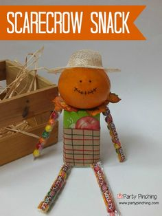 Scarecrow Snack tutorial- tangerine, juice box, candy. Perfect for an after school treat , classroom parties or  Halloween