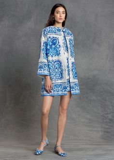 8d5ae8df322 The Dolce&Gabbana Pre-Fall 2015 blue and white # DGMajolica