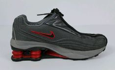 6305435d29c6 VINTAGE 2001 NIKE SHOX R4 ZIPPER GLOVE GREY SILVER RED Youth 5.5