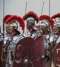 Ecco quali erano i colori di moda nell'Antica Roma http://alessandroelia.com/quali-colori-moda-nellantica-roma/ #moda #cultura #storia #roma #rosso