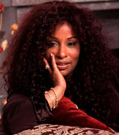 This photo was uploaded by hrstumpde. Hip Hop, Chaka Khan, Vintage Black Glamour, Celebrity Portraits, Female Singers, Soul Singers, Women In History, Black History, Soul Music