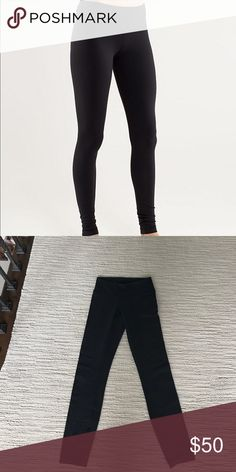 Lululemon Wunder Under Leggings Great condition. Barely worn. Have these same exact ones but cropped available too lululemon athletica Pants Leggings