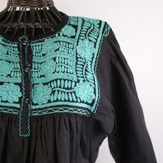 Three Button Embroidered Long Sleeve Blouse, Chiapas – Zinnia Folk Arts Mexican People, Mexican Textiles, Mexican Blouse, Mexican Folk Art, Zinnias, Blouse Dress, Embroidered Blouse, Blouses, Quilts