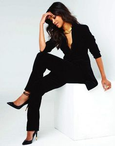 Snapshot: Zoe Saldana for Gotham Magazine September 2012  Making a suit WORK.  :-)))