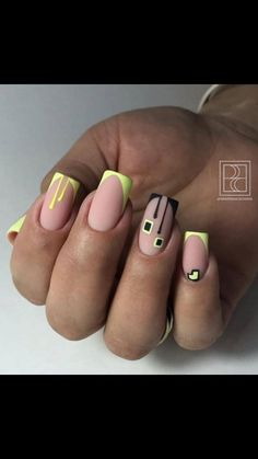 Muy bonita del colos de todo esas me quiero poner Cute Acrylic Nails, Neon Nails, Acrylic Nail Designs, Nail Art Designs, Gorgeous Nails, Perfect Nails, Pretty Nails, Crome Nails, Feather Nails
